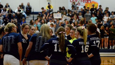 The Varsity girls huddle up during a Coram Deo timeout.