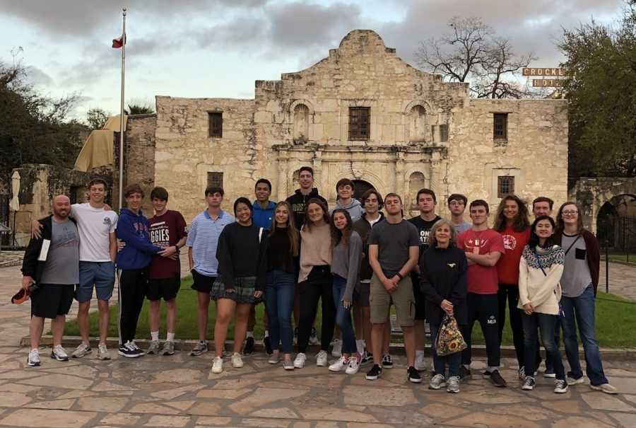 The group in front of the Alamo during their night out at the San Antonio Riverwalk.