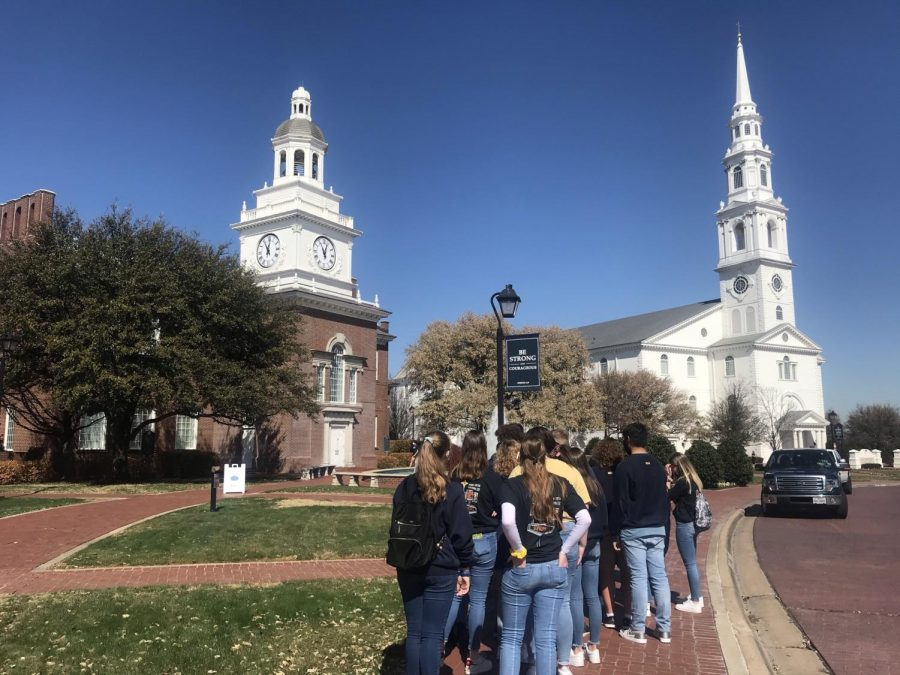 The sophomore class takes a tour of the DBU campus.