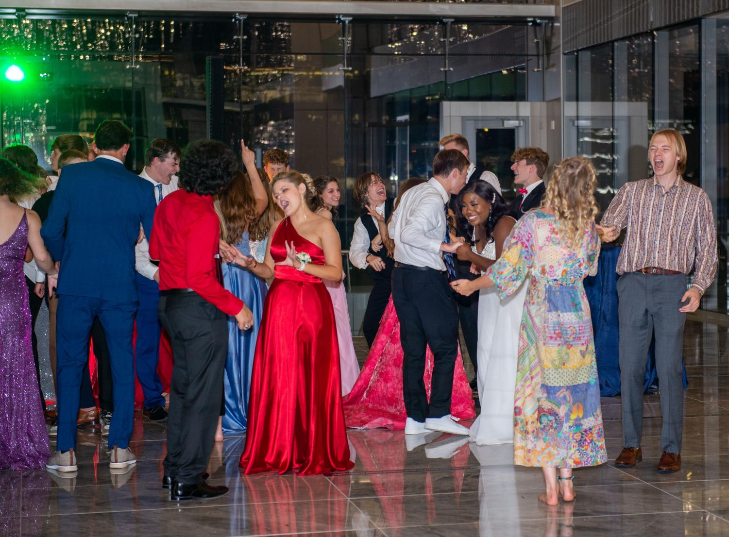 A+Night+At+The+Star%3A+Prom+2021