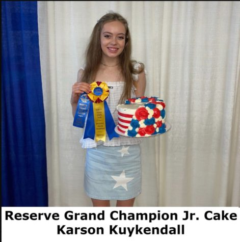 Junior, Karson Kuykendall after winning first place and Reserve Grand Champion at the baking competition.